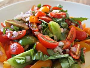 My Kitchen Love - Seared Scallops with basil-corn puree and tomato salad