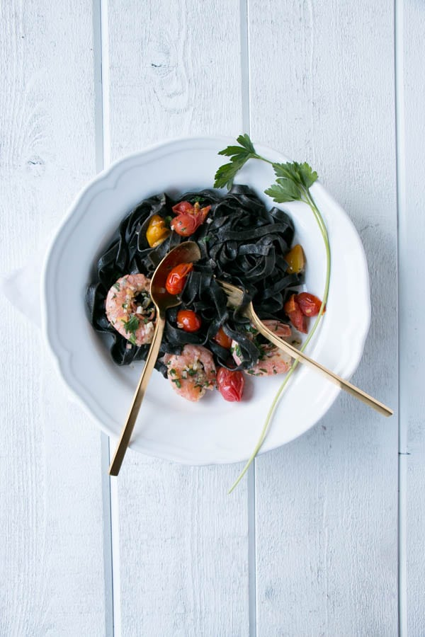 Squid Ink Pasta with Prawns and Tomatoes | My Kitchen Love. #pasta that feels high end without the price tag.
