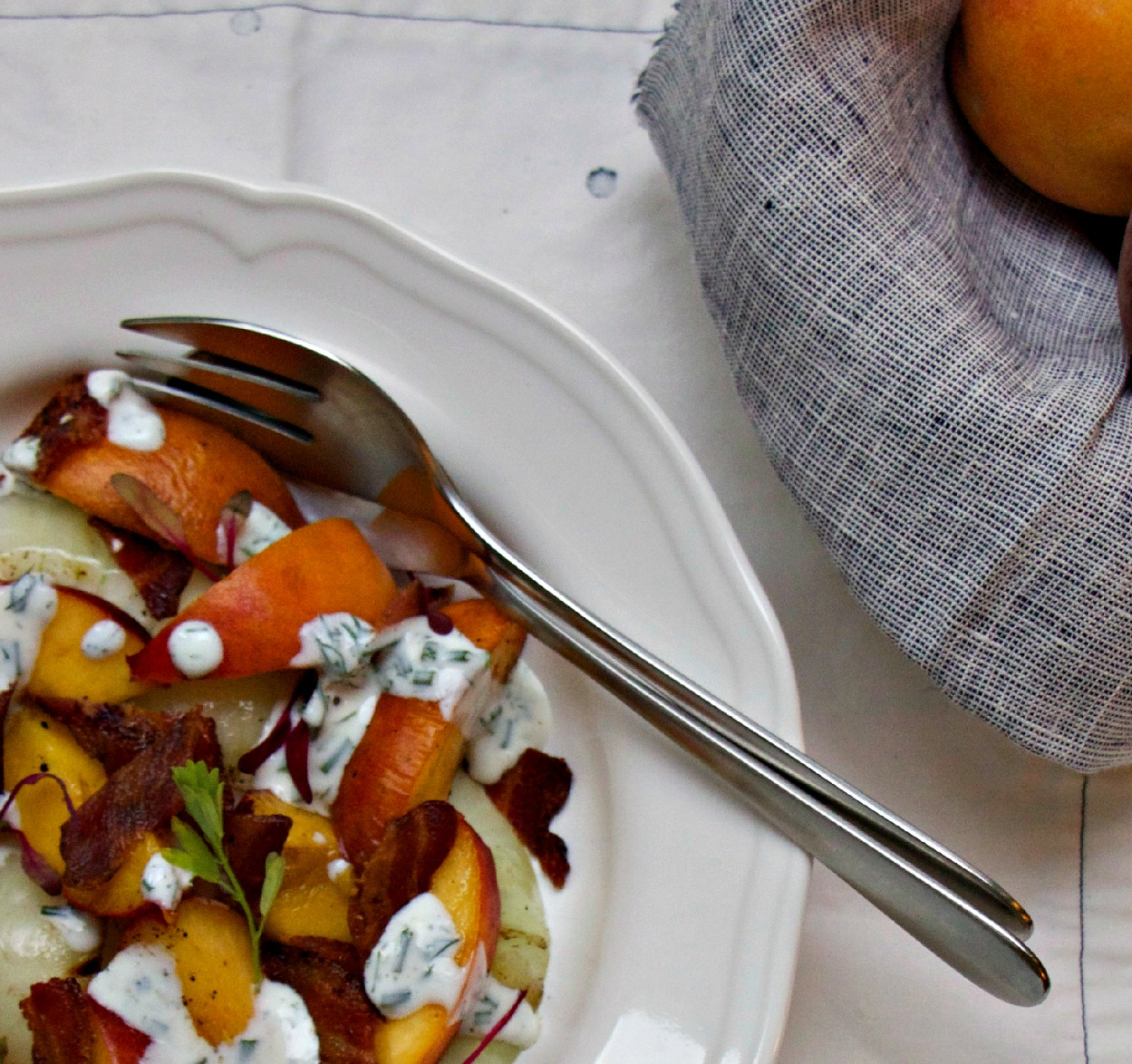 Grilled Peaches and Onion Salad - My Kitchen Love