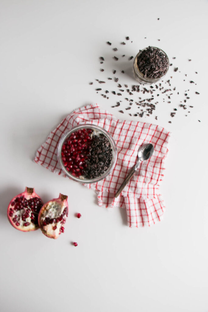 Overnight Oatswith Pomegranate and Chocolate