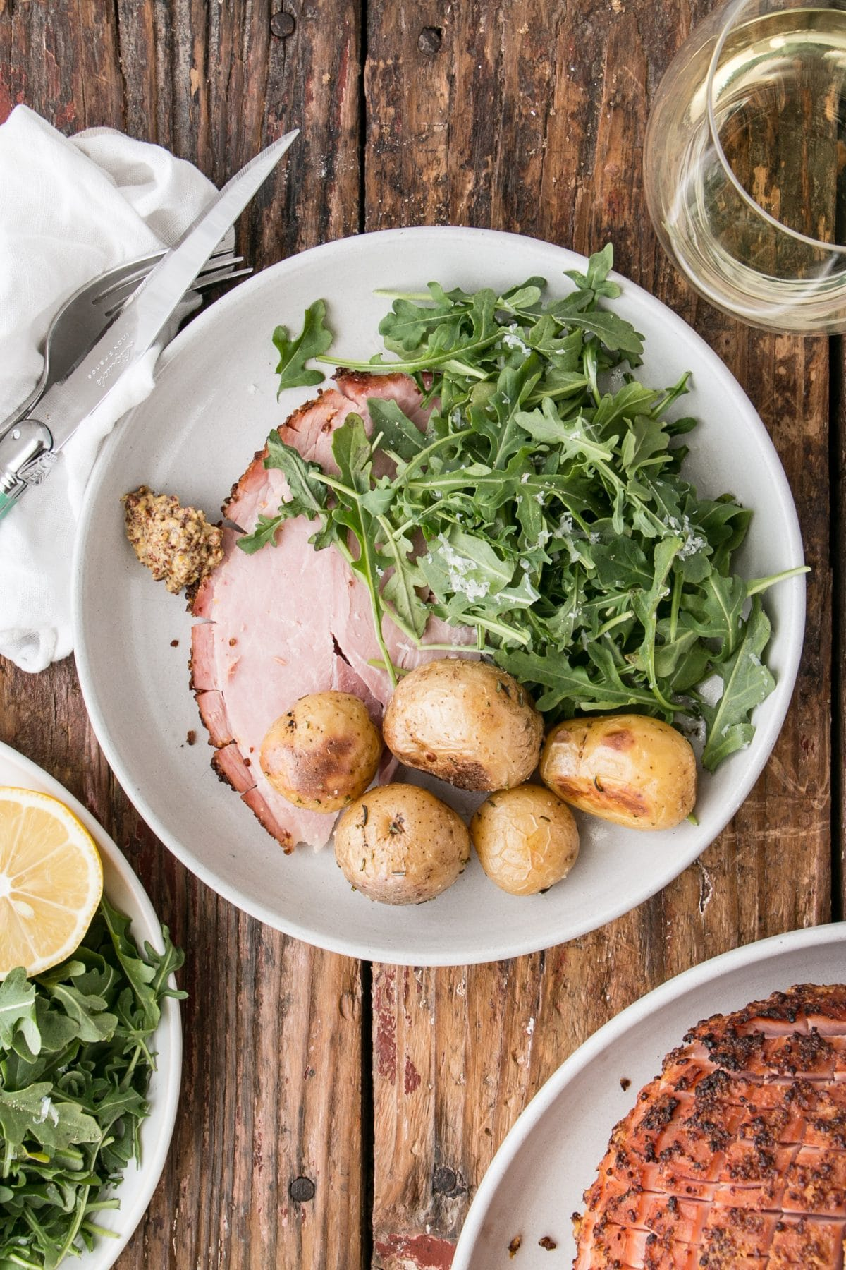 EASY 4-Ingredient Ham is perfect for any celebration and is so hands off, it could even be made for #sundaysupper. #ham #easter