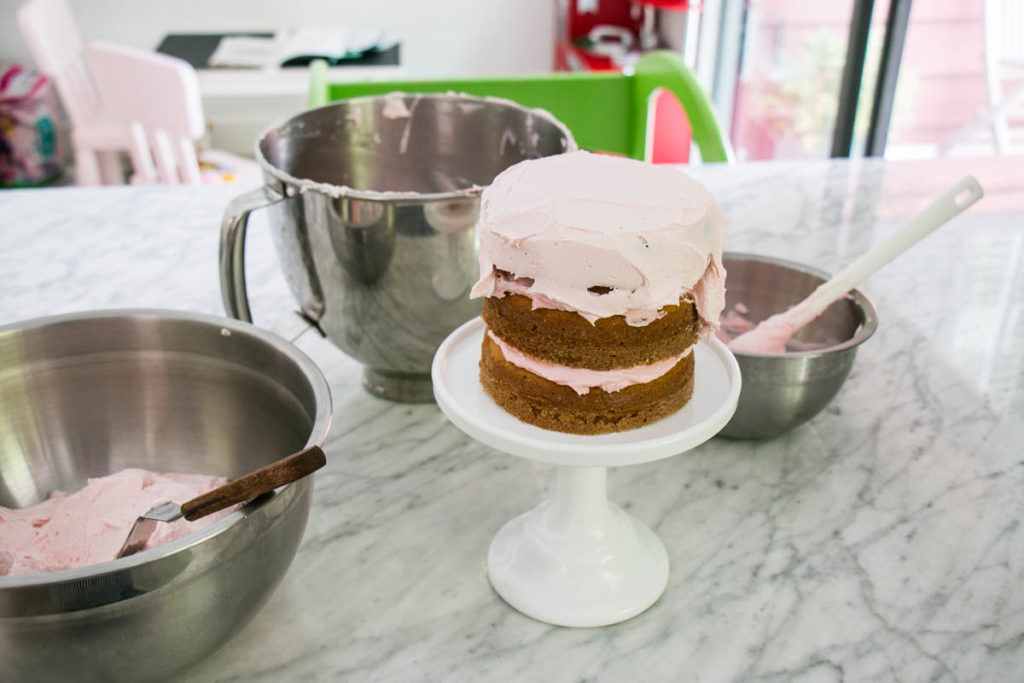 How to make an Ombré Cake   My Kitchen Love