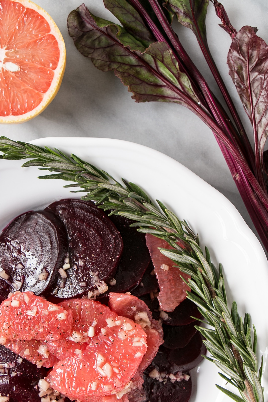 Rosemary Beet and Grapefruit Salad with a Shallot Vinaigrette is a great makes ahead winter salad! #salad #beets