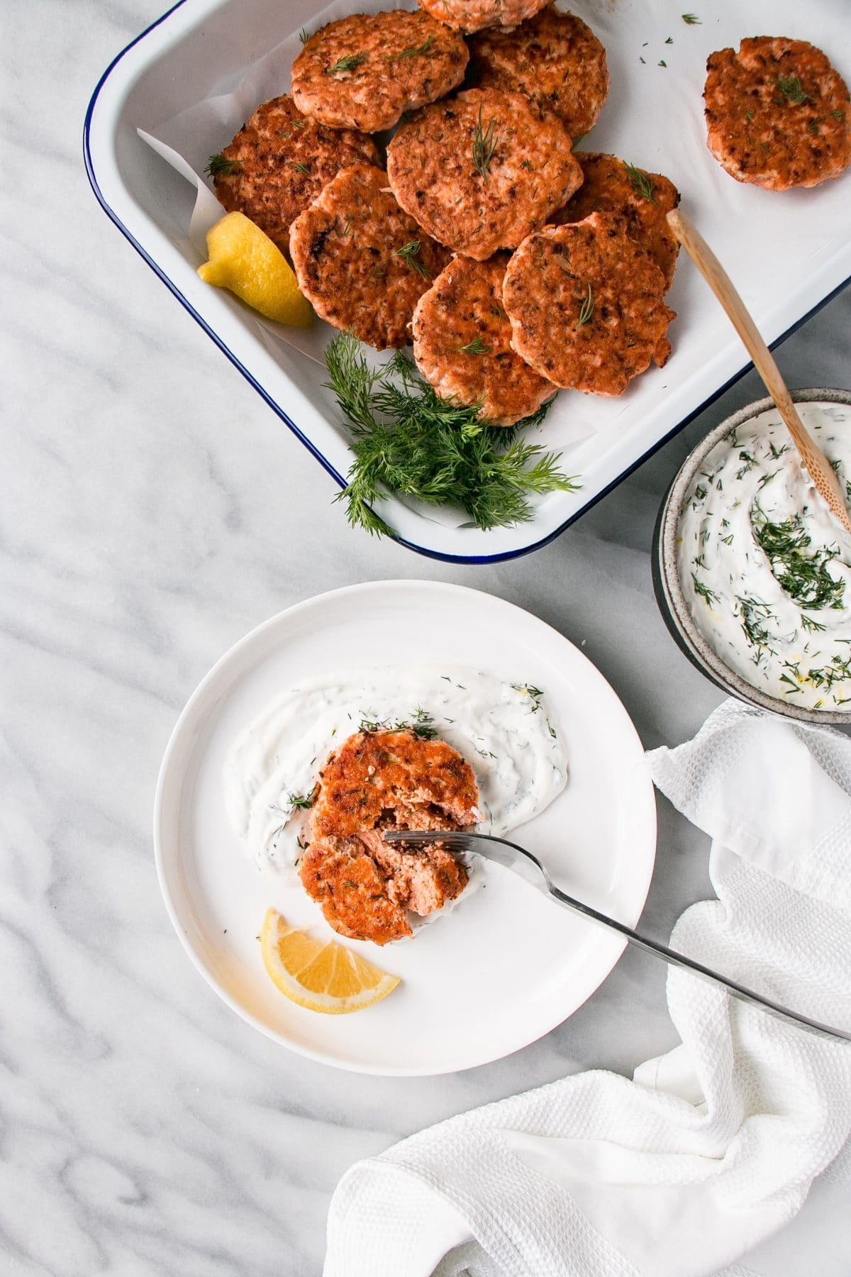 Dilly Salmon Cakes are a fast and satisfying dinner. Serve with rice, french fries, and a quick cooking vegetable for a speedy dinner everyone will love! #salmon #healthy #mealprep