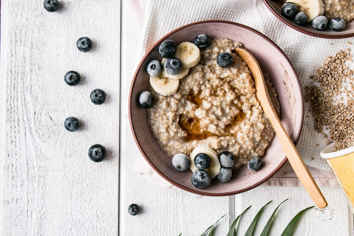 Instant Pot Oats take 4 minutes of cooking time and 1 minute of prep for a wholesome and delicious breakfast. #oatmeal #oats #breakfast #ad