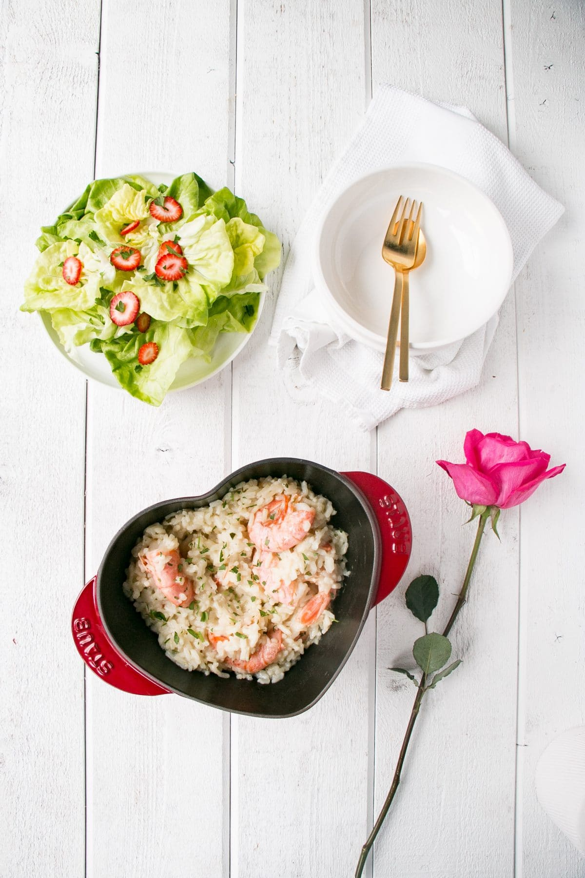 Make Date Night, special, delicious and relaxed with this Oven Baked Garlic Butter Prawn Risotto. #valentinesday #risotto #datenight #rice #seafood