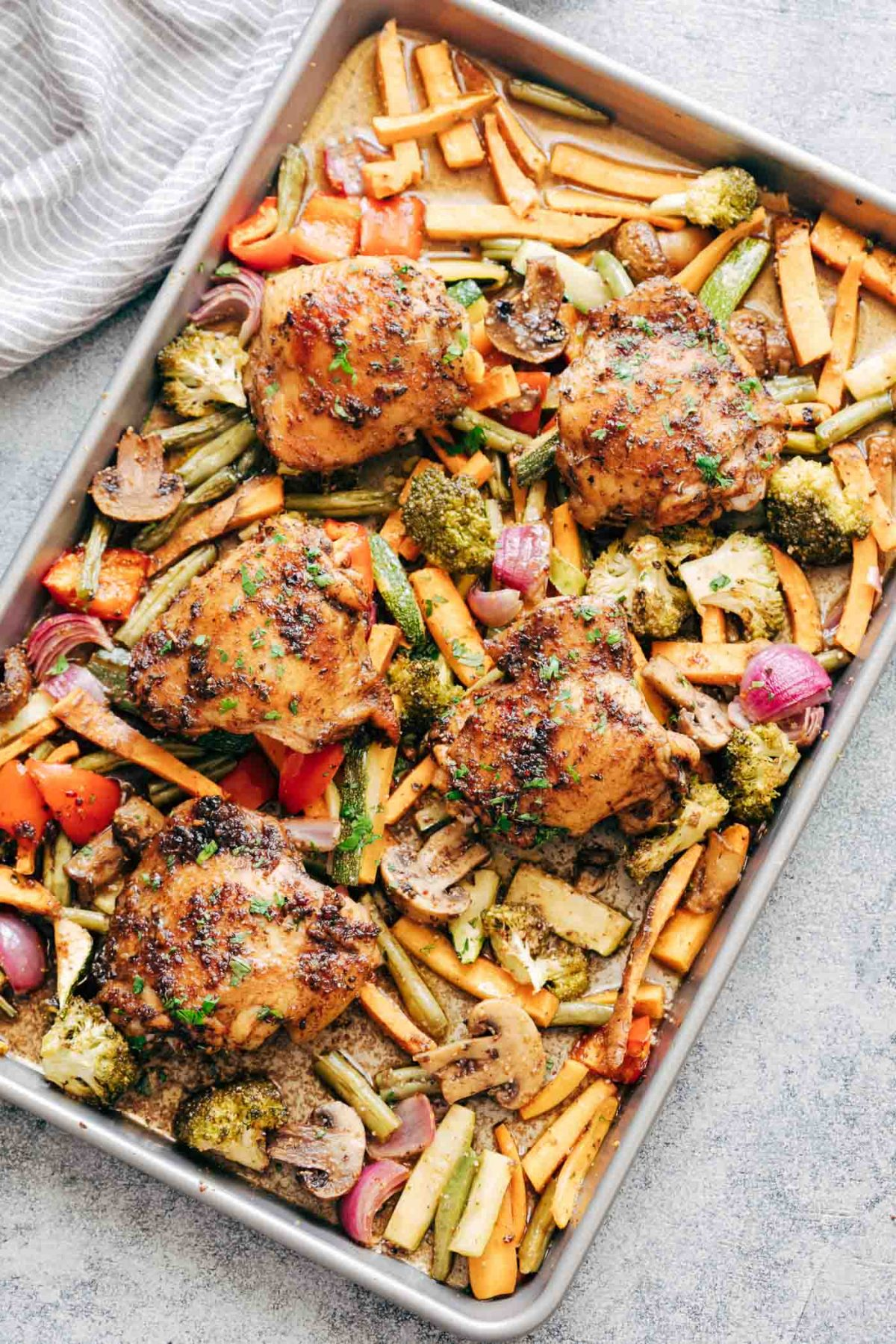 20 Sheet Pan Dinners Your Kids Will Actually Eat. Chicken, Potato and Broccoli 3 ways. #sheetpan #quick #dinner #chicken