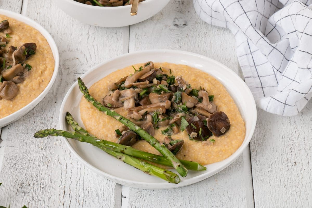 polenta with mushroom ragu and asparagus spears