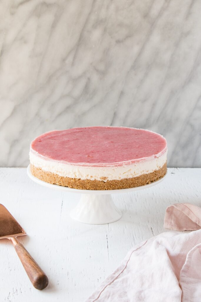 No Bake Rhubarb Cheesecake | Entertaining with Wine