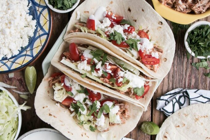 slow cooker chicken tinga tacos