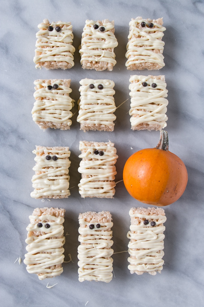 Mummy Rice Krispies w/ a mini pumpkin