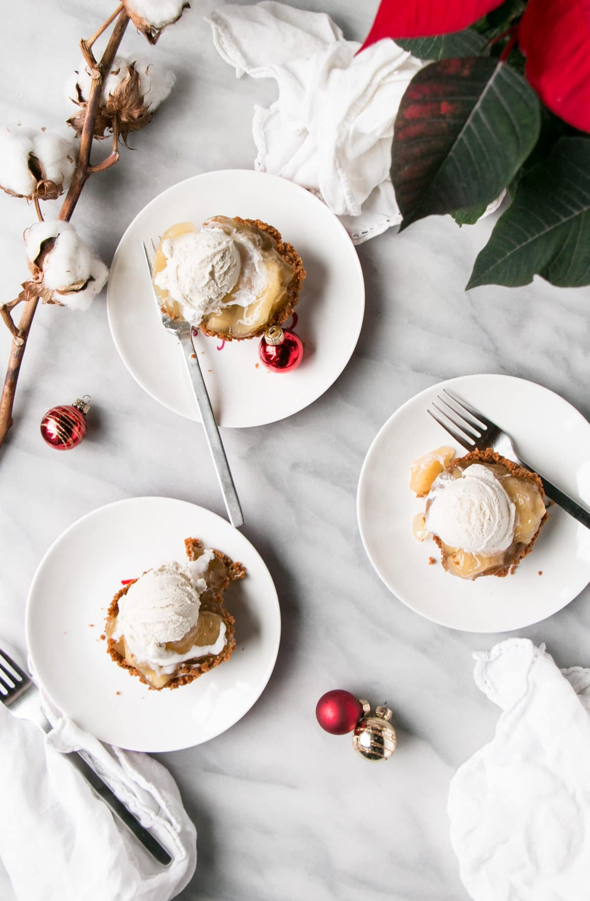 Mini Apple Pies with ice cream and holiday decor