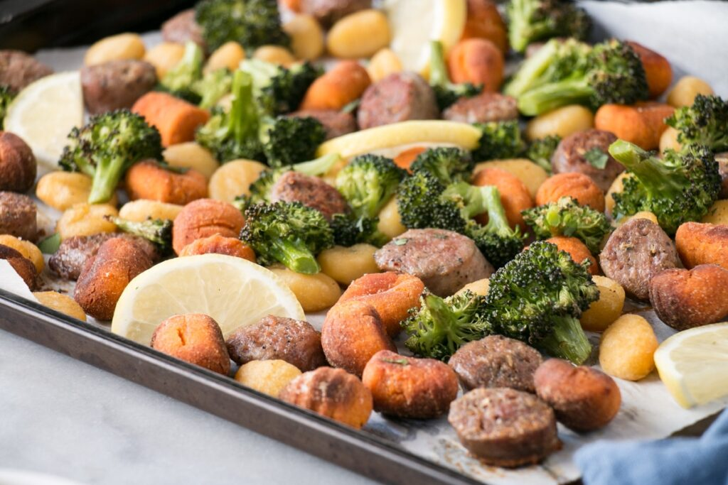 Sheet Pan Gnocchi with sausage and broccoli