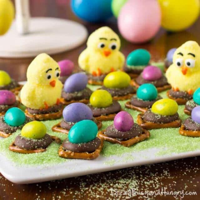 Easter Egg Peanut Butter Pretzel Bites